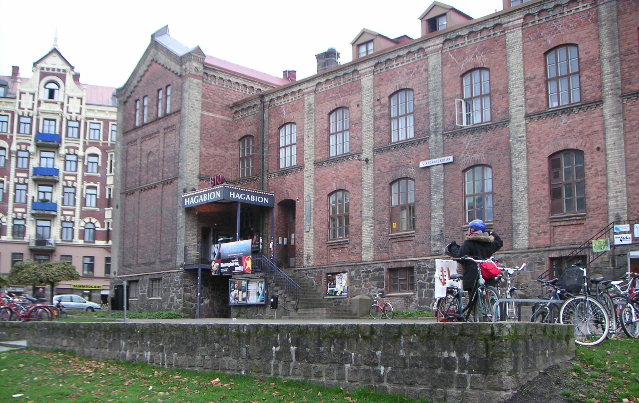 lokal fnask avsugning nära Stockholm