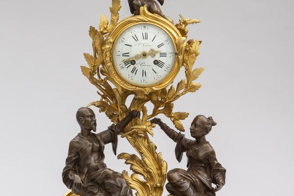 Digitalt: Klockor och ur – mäta tiden i vackra fodral