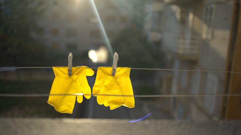 Föreläsning: Disposable - Ett gult plagg eller en andra hud?