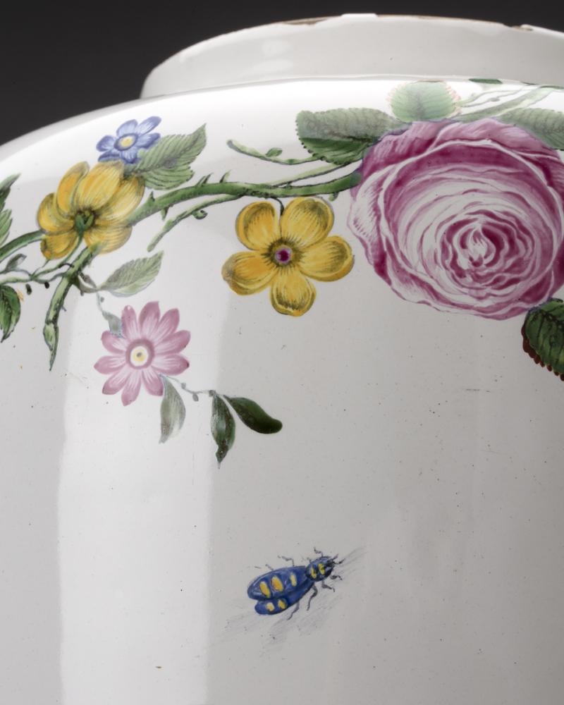 Fajans – prunkande keramik från 1700-talet